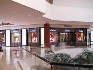 cartier-costa-mesa-storefront-lighting-1
